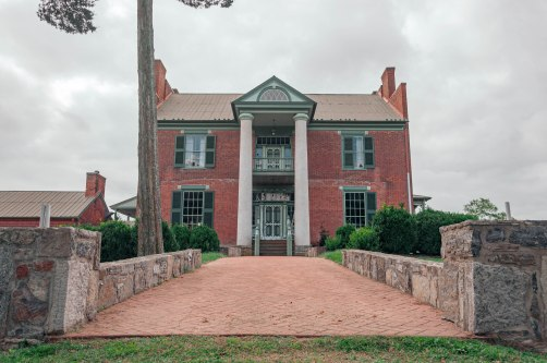 Fort Chiswell Mansion